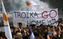 CYPRUS-EUROZONE-_0326_11